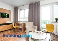 Activpark Apartments - Katowice - Living room