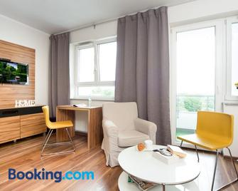 Activpark Apartments - Katovice - Living room