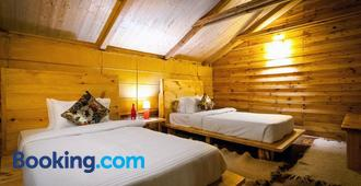 Suro Treehouse Resort - Shimla