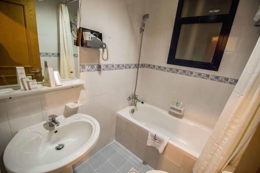 倫敦溪酒店公寓 - 杜拜 - 杜拜 - 浴室