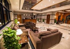 倫敦溪酒店公寓 - 杜拜 - 杜拜 - 大廳