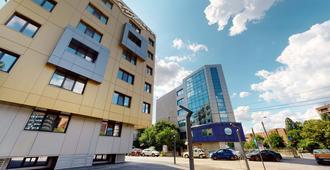 Le Blanc Aparthotel - Bukarest - Byggnad