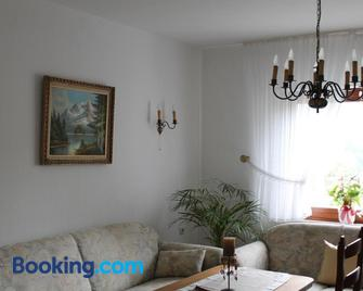 Ferienwohnung Weber - Schleiden - Wohnzimmer