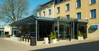 Holiday Inn Express Bath - Bath - Gebouw