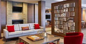 Four Points by Sheraton Fargo Medical Center - Fargo - Lounge