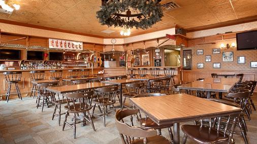 Best Western Gold Rush Inn - Whitehorse - Bar