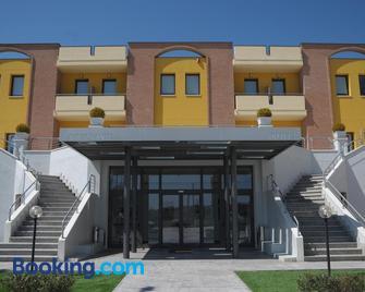 Hotel La Tavernetta - Campobasso - Gebouw