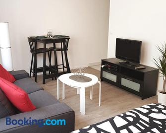 Appartement centre ville proche Paris Disney Vincennes transports - Joinville-le-Pont - Living room