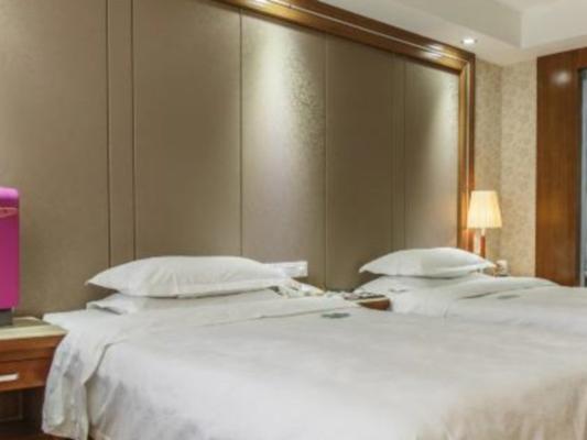 Luoyang Peony Plaza Hotel - Luoyang - Bedroom