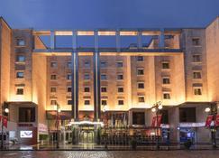 Zorlu Grand Hotel Trabzon - Trabzon - Budynek
