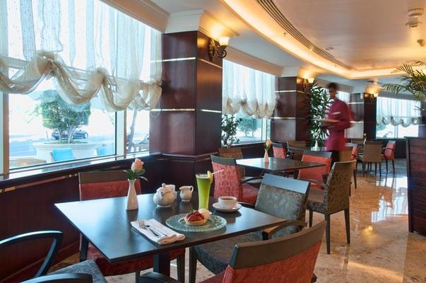 Retaj Al Rayyan Hotel - Doha - Restaurang
