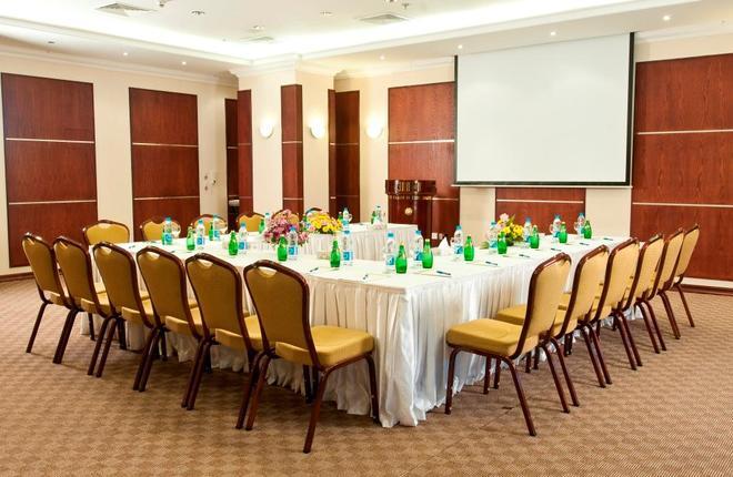 雷塔阿爾雷岩酒店 - 多哈 - 多哈 - 會議室