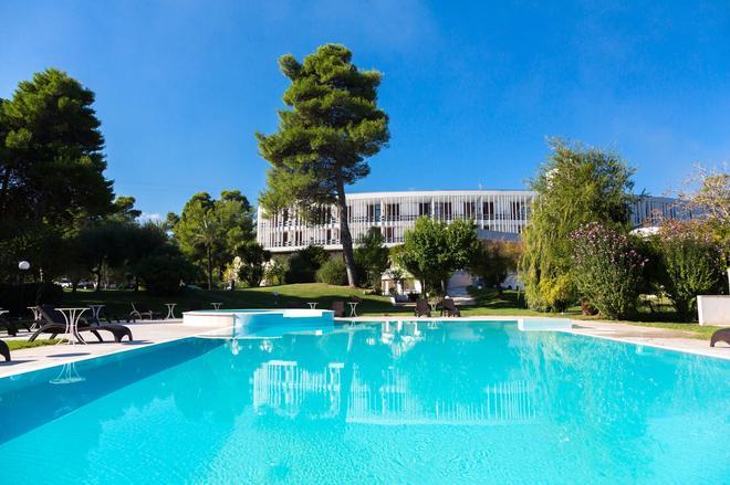 Hotel Gusmay & Suite Le Dune - Peschici - Pool