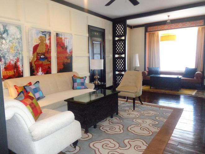 Taj Tashi - Thimphu - Living room