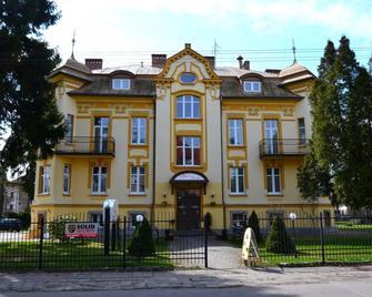 Hotel Bella - Jelení Hora - Building