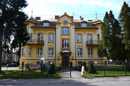 Hotel Bella - Jelenia Góra - Edificio