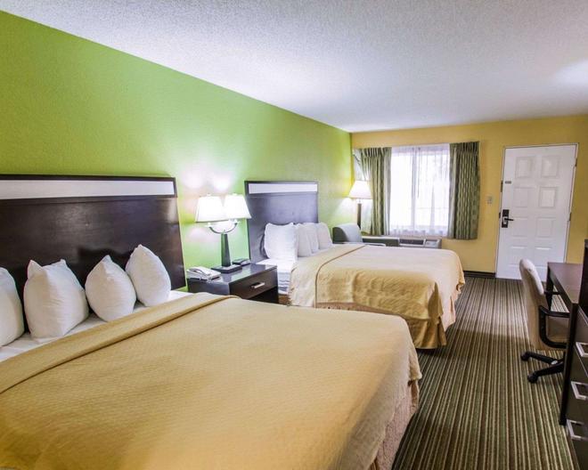 Quality Inn University - Gainesville - Bedroom