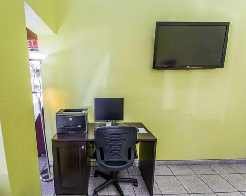 Quality Inn University - Gainesville - Business centre