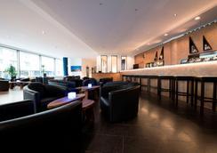 carathotel Düsseldorf City - Düsseldorf - Bar