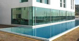 Alexander Museum Palace Hotel - Pesaro - Bể bơi