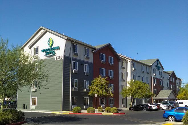 Woodspring Suites Phoenix I-10 West - Phoenix - Building