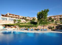 Ξενοδοχείο Αλκαίος Μήθυμνα - Míthymna - Πισίνα