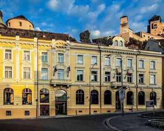Hotel Elizabeth - Trenčín - Building