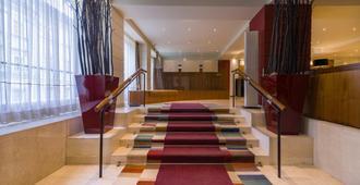 K+k Hotel Maria Theresia - Vienna - Stairs