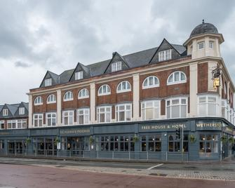 Pilgrims Progress By Wetherspoon - Bedford - Building