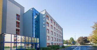 Arnost - Pardubice