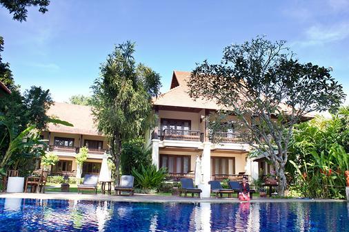 Lanna Dusita Riverside Boutique Resort - Τσιάνγκ Μάι - Πισίνα