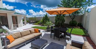 Courtyard by Marriott Florence - Florence - Patio