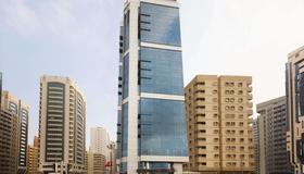 Ramada by Wyndham Abu Dhabi Corniche - Abu Dabi - Edificio