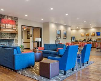 Comfort Inn & Suites - Blue Ridge - Restaurant