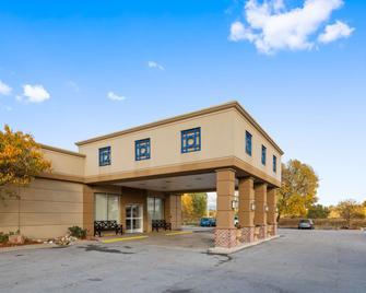 Best Western Crossroads of The Bluffs - Council Bluffs - Building