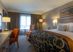 Clayton Hotel Dublin Airport - Dublin - Yatak Odası