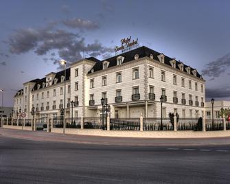 Hotel Santa Isabel - Albacete - Gebäude
