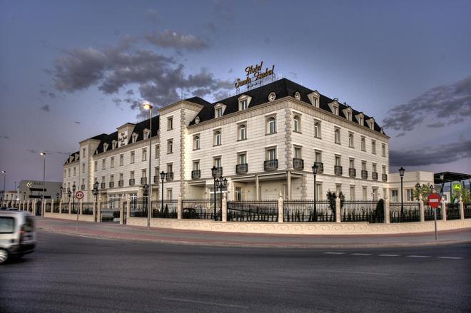 Hotel Santa Isabel - Albacete - Edificio