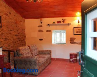 Casa Do Salgueiral - Fundão - Living room