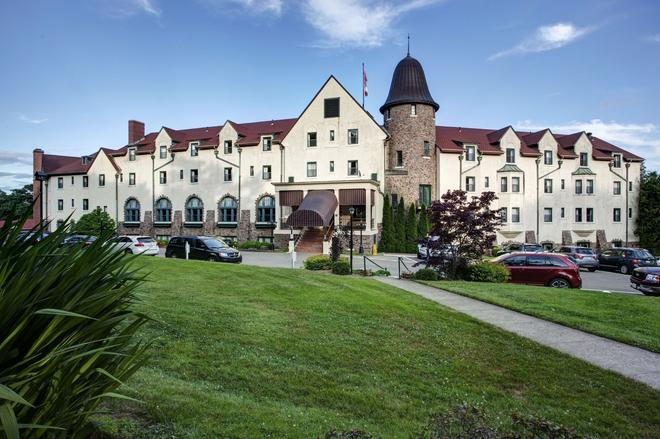 Digby Pines Golf Resort & Spa - Digby - Building
