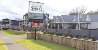Gables Lakefront Motel - เทาโป