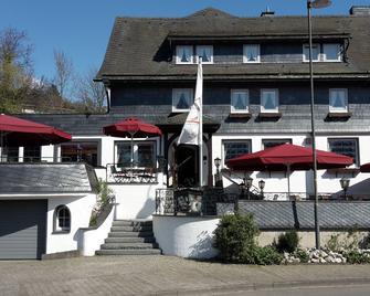Land-gut-Hotel Zur Brücke - Drolshagen - Gebäude