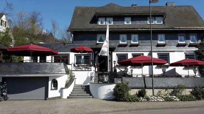 Land-gut-Hotel Zur Brücke - Drolshagen - Edificio