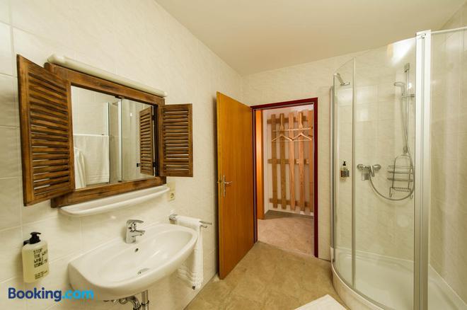 Heimat - Das Natur Resort - Prägraten - Bathroom