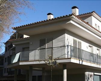 Hotel L'Ast - Banyoles - Gebouw