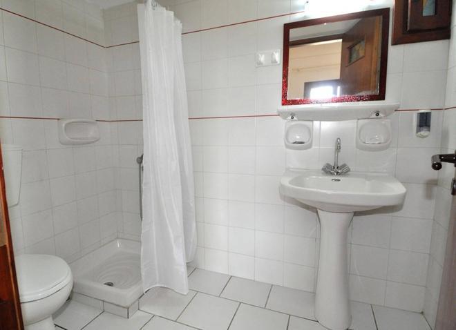 Pennystella Apartments - Agia Pelagia - Bathroom