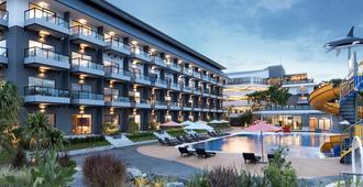 Centra by Centara Cha Am Beach Resort Hua Hin - Cha-am - Building