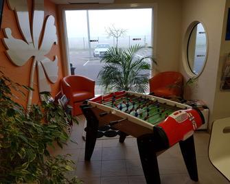 Hotel Première Classe Sens Nord Saint Clément - Sens - Lobby