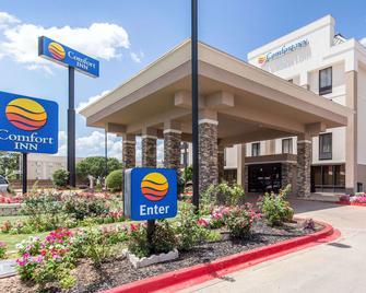 Comfort Inn Wichita Falls North - Wichita Falls - Building