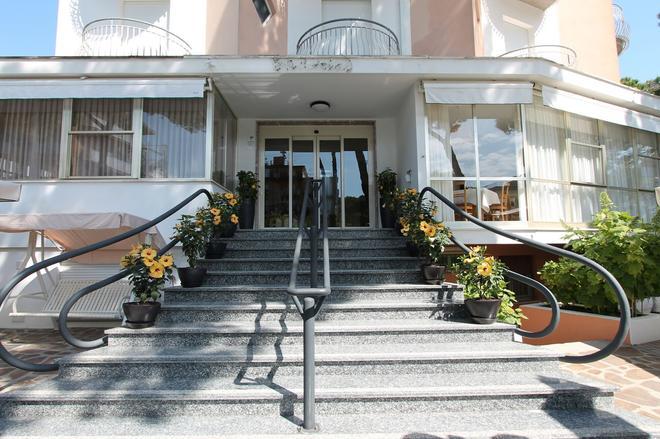 Hotel Escorial - Cervia - Edificio